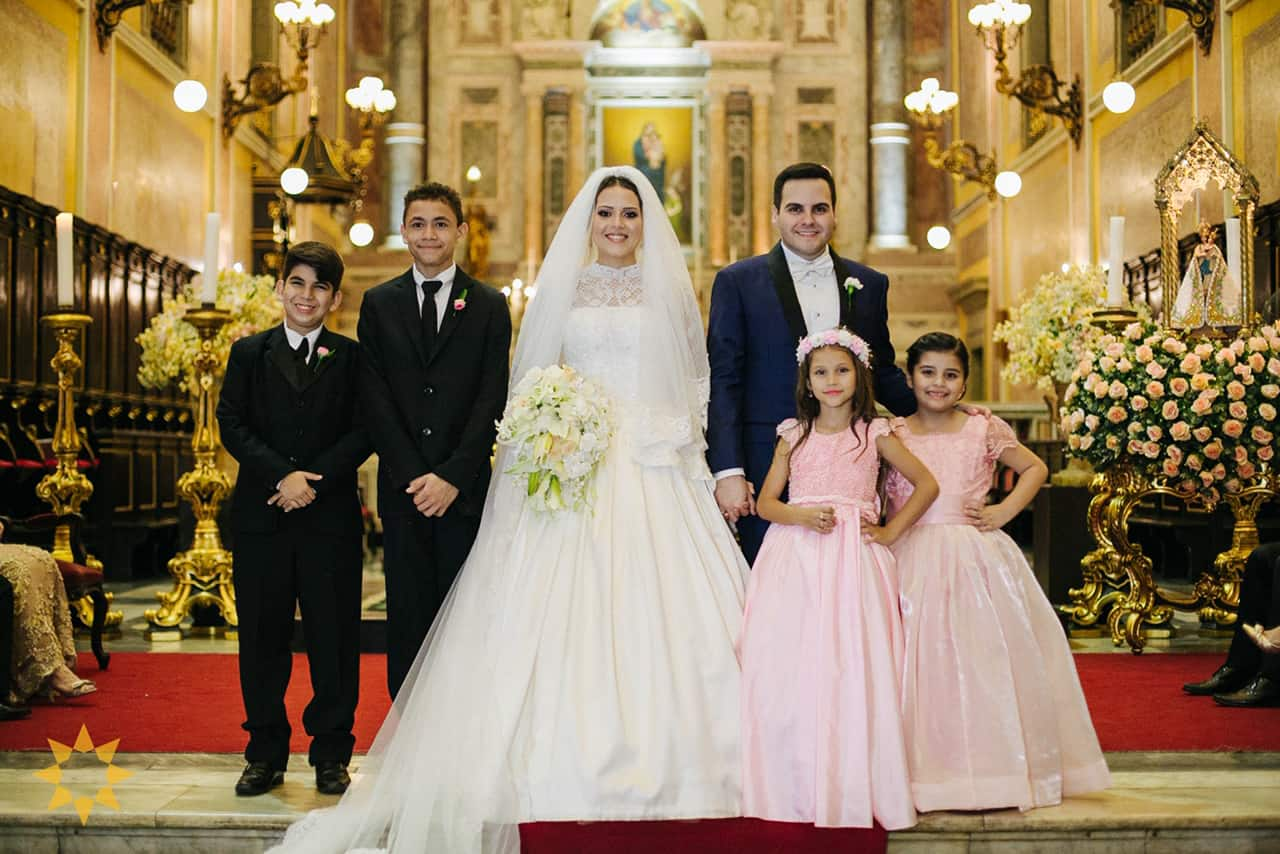 Casamento-Isadora-e-Americo-foto-Bruno-Miranda-foto-Clarté-noivos-na-igreja31