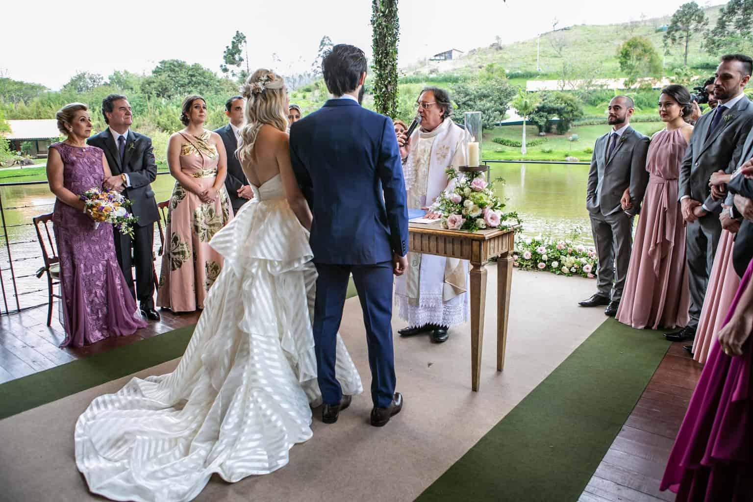 Casamento-Milene-e-Leonardo-cerimonia-ao-ar-livre-decoracao-da-festa-Roberto-Tamer-terras-claras181