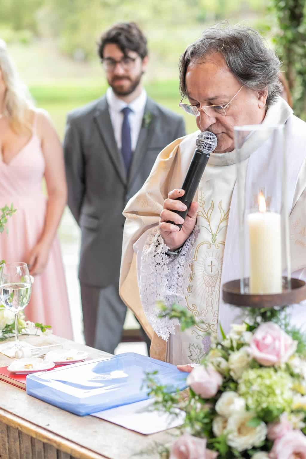 Casamento-Milene-e-Leonardo-cerimonia-ao-ar-livre-decoracao-da-festa-Roberto-Tamer-terras-claras182