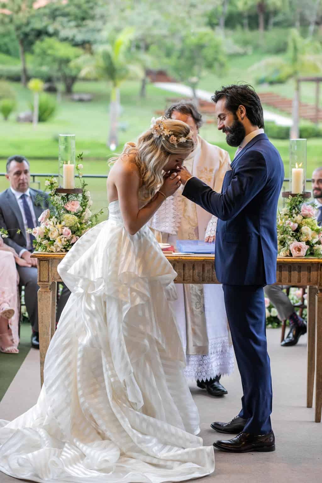 Casamento-Milene-e-Leonardo-cerimonia-ao-ar-livre-decoracao-da-festa-Roberto-Tamer-terras-claras188