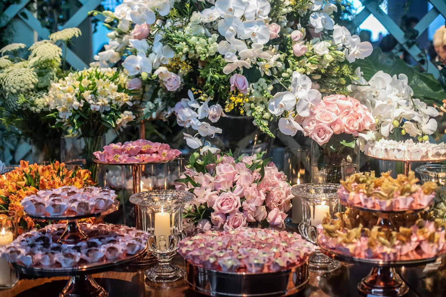 Casamento-Milene-e-Leonardo-decoracao-da-festa-doces-Roberto-Tamer-terras-claras247