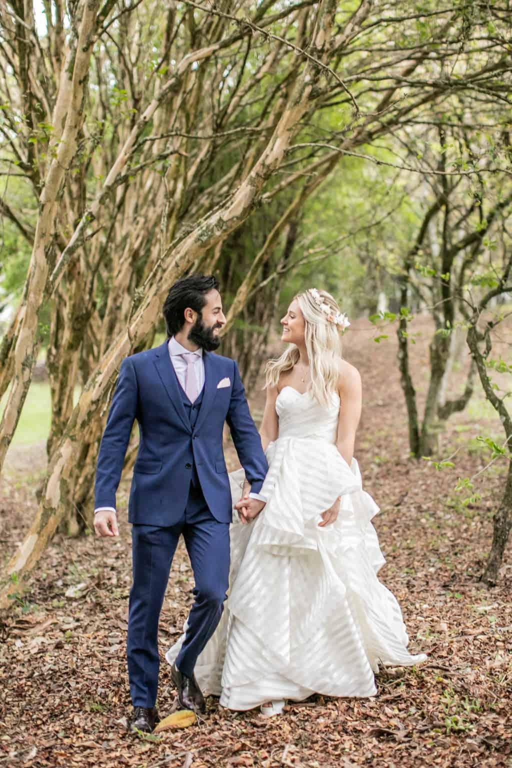 Casamento-Milene-e-Leonardo-decoracao-da-festa-foto-dos-noivos-Roberto-Tamer-terras-claras256