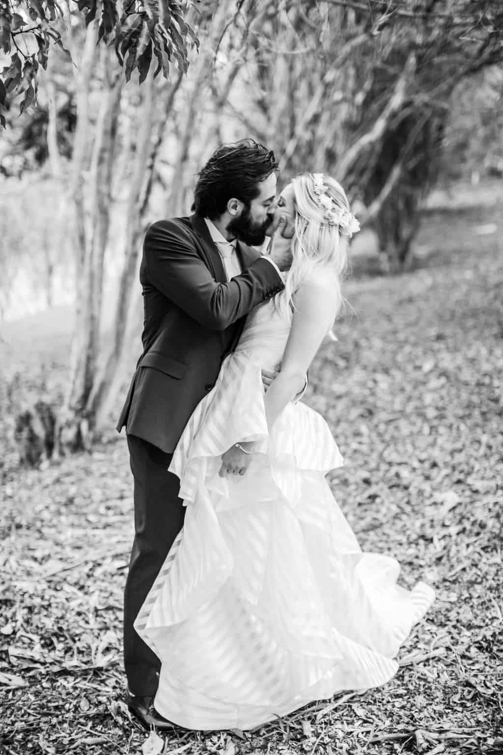 Casamento-Milene-e-Leonardo-decoracao-da-festa-foto-dos-noivos-Roberto-Tamer-terras-claras258