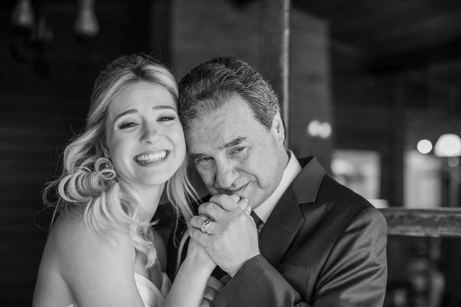 Casamento-Milene-e-Leonardo-decoracao-da-festa-making-of-pai-da-noiva-Roberto-Tamer-terras-claras112