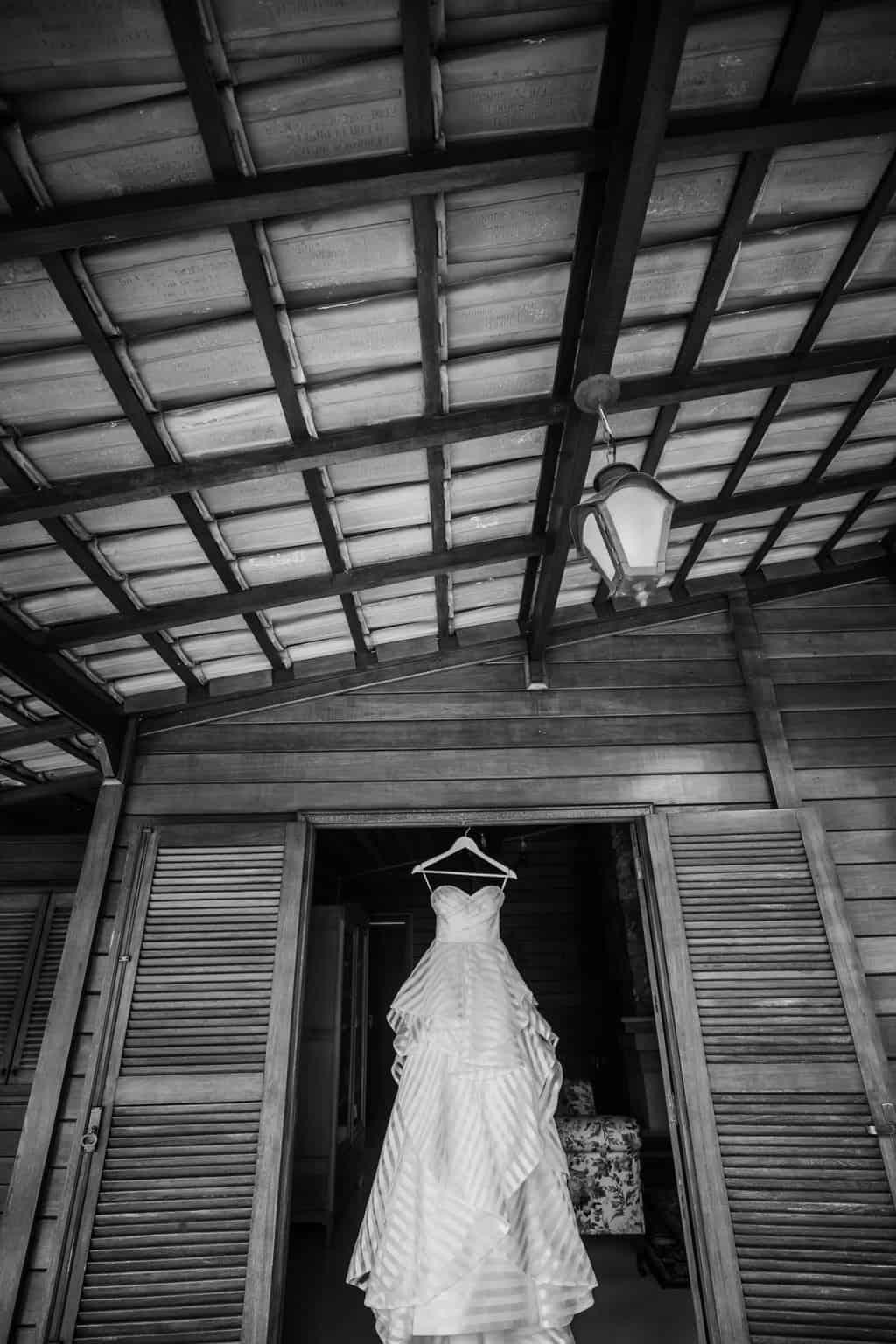 Casamento-Milene-e-Leonardo-making-of-Roberto-Tamer-terras-claras-vestido-de-noiva1