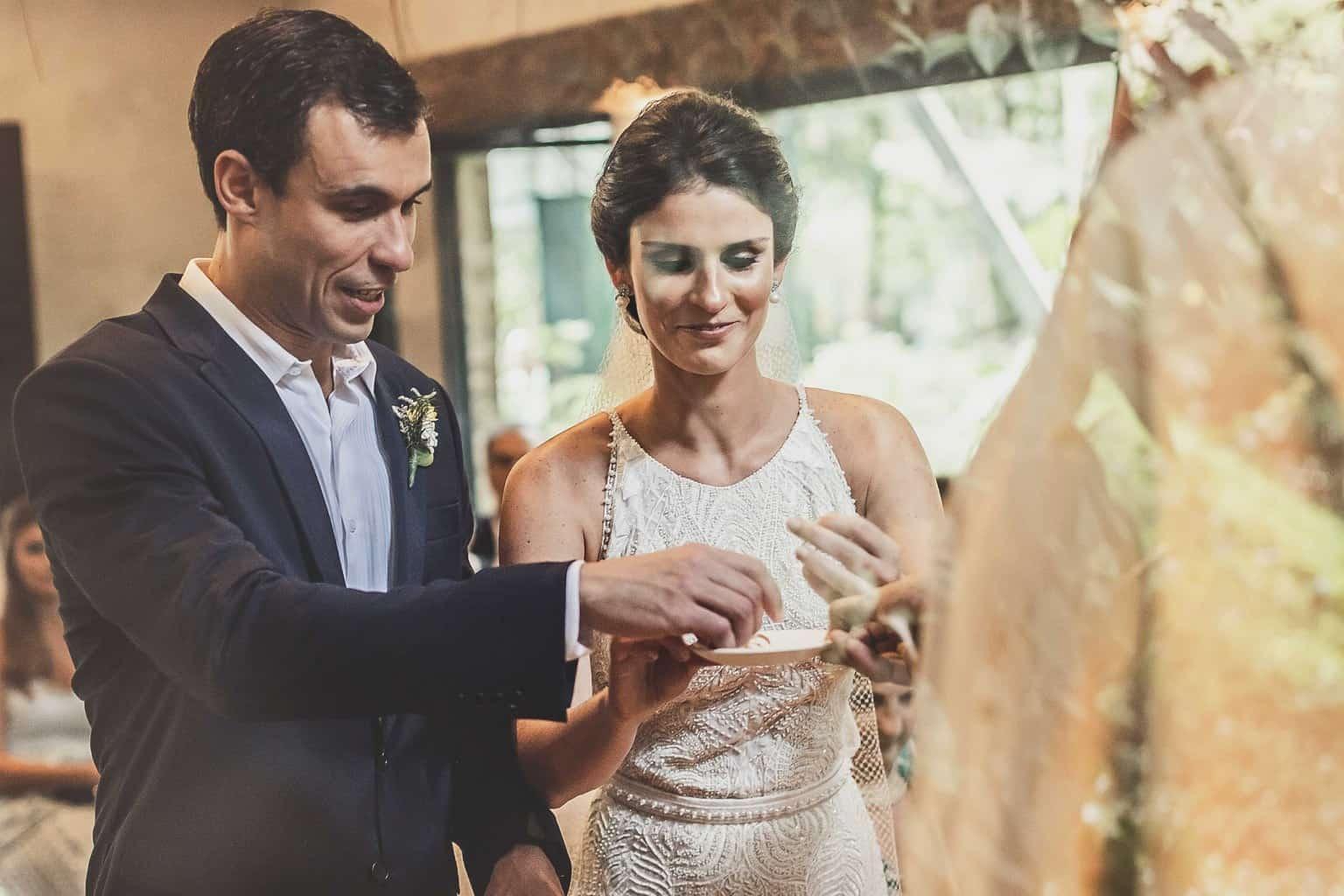 casamento-Ana-Cecilia-e-Leonardo-casamento-na-serra-cerimonia-graviola-filmes-graviolafilmes-laura-camapnella-de-siervi-lauracampanella-studio-laura-camapnella21