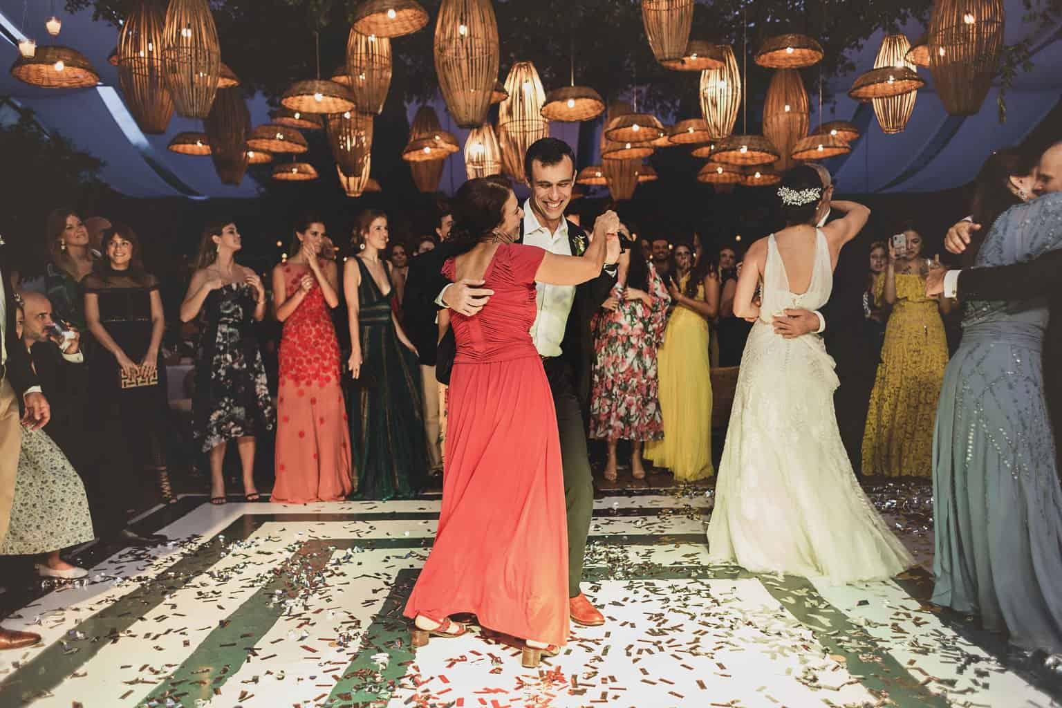casamento-Ana-Cecilia-e-Leonardo-casamento-na-serra-festa-de-casamento-graviola-filmes-graviolafilmes-laura-camapnella-de-siervi-lauracampanella-studio-laura-camapnella2-2