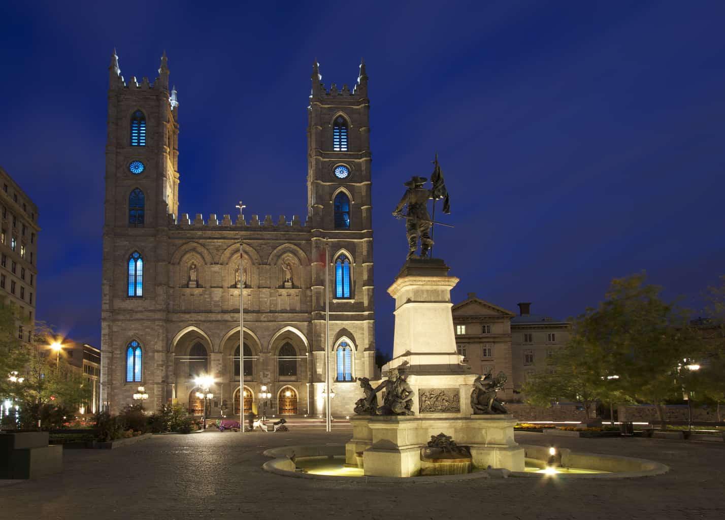 Basílica-de-Notre-Dame