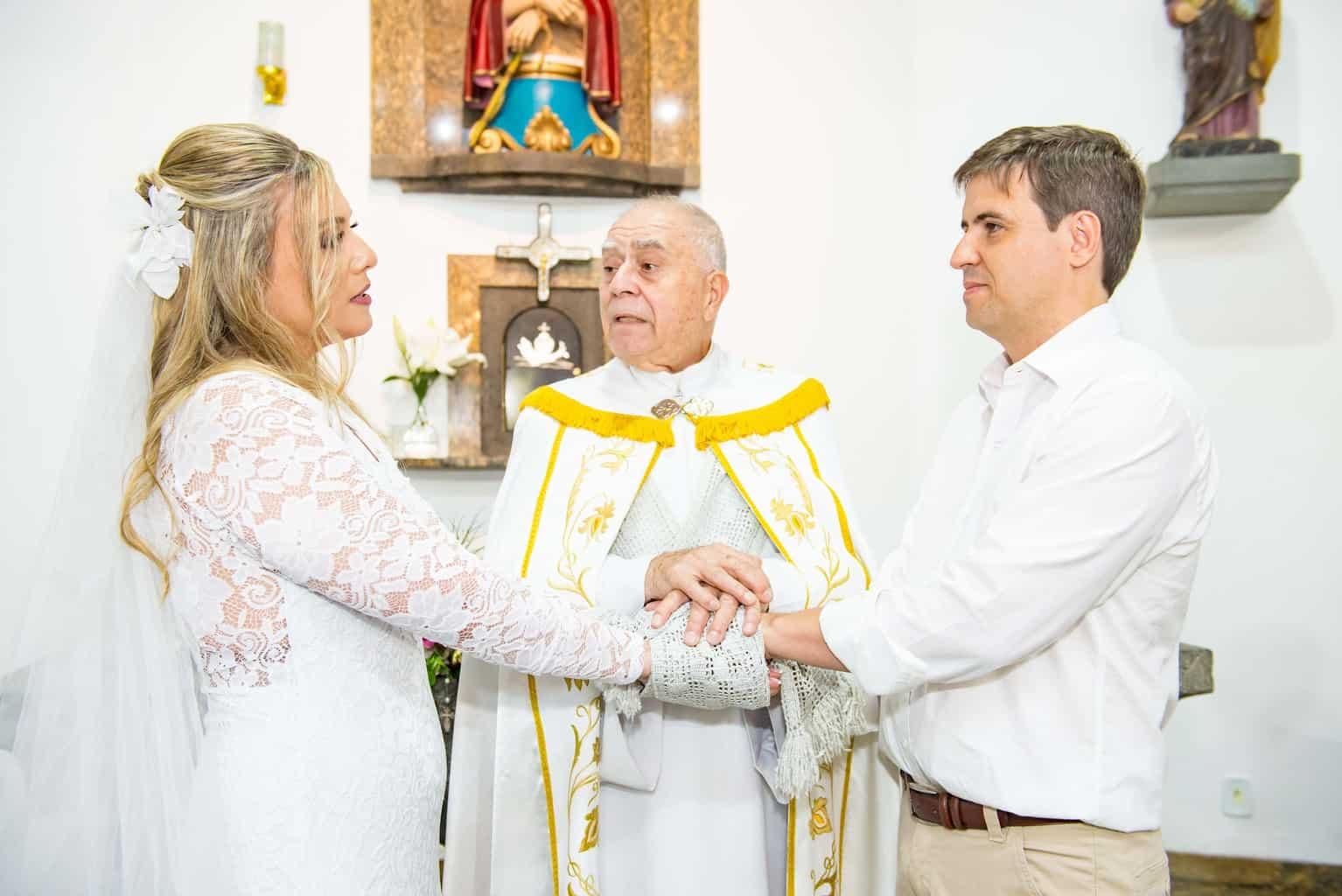 Capela-Santo-Cristo-dos-Milagres-casamento-religioso-Casamento-Roberta-e-Angelo-cerimonia-na-igreja-Danielle-Loureiro123