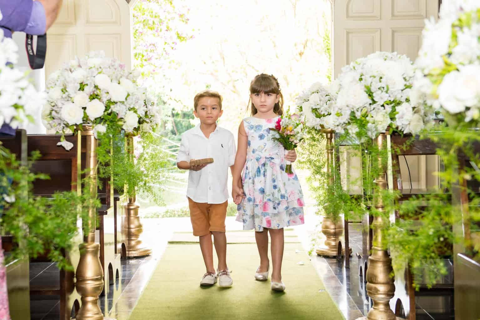 Capela-Santo-Cristo-dos-Milagres-casamento-religioso-Casamento-Roberta-e-Angelo-cerimonia-na-igreja-Danielle-Loureiro26