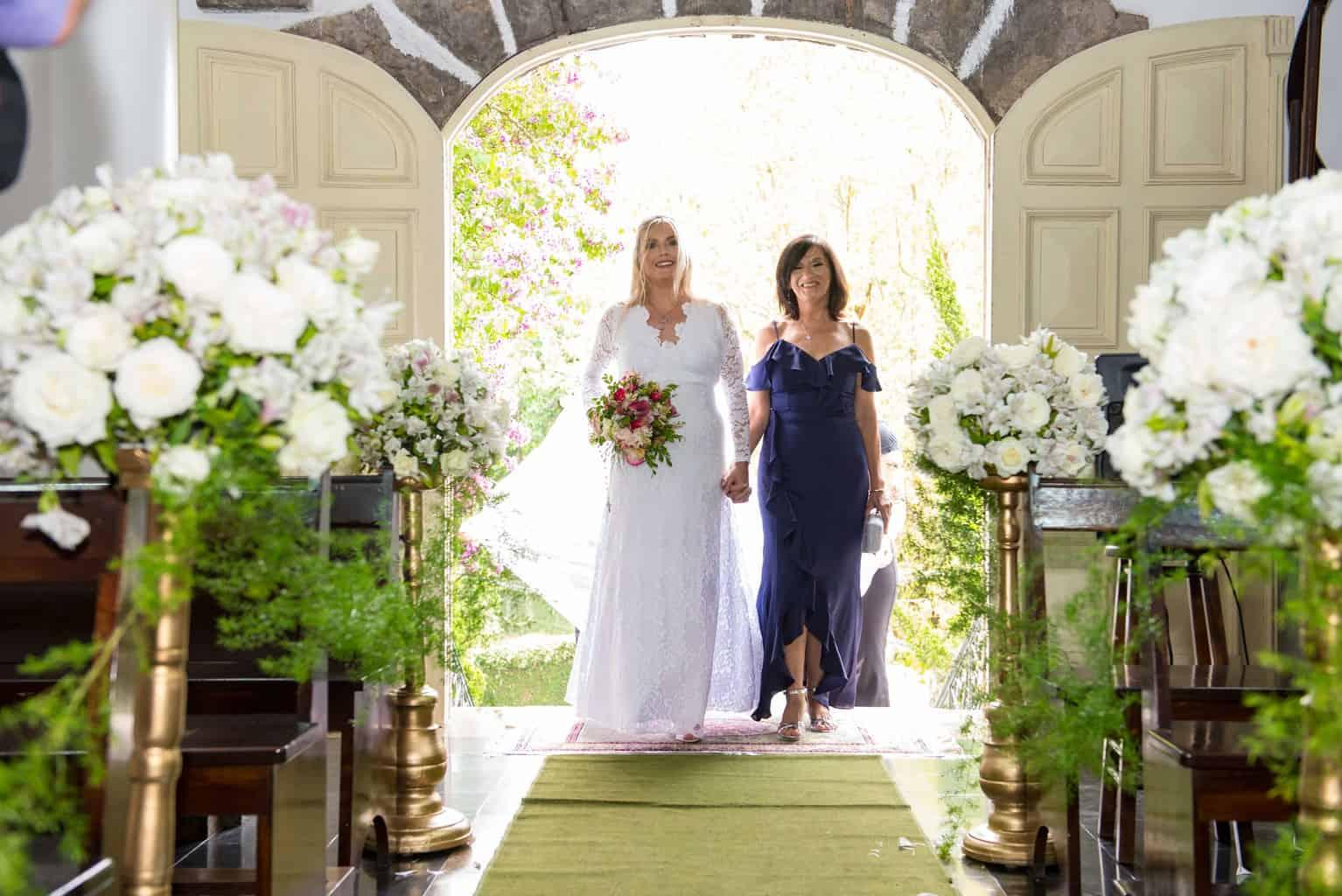 Capela-Santo-Cristo-dos-Milagres-casamento-religioso-Casamento-Roberta-e-Angelo-cerimonia-na-igreja-Danielle-Loureiro40