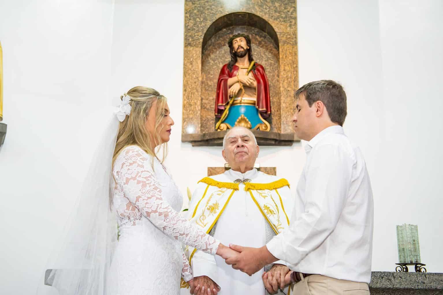 Capela-Santo-Cristo-dos-Milagres-casamento-religioso-Casamento-Roberta-e-Angelo-cerimonia-na-igreja-Danielle-Loureiro68