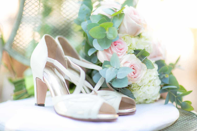 Casa-Capuri-casamento-Roberta-e-Rodrigo-Rodrigo-Sack-sapato-da-noiva20