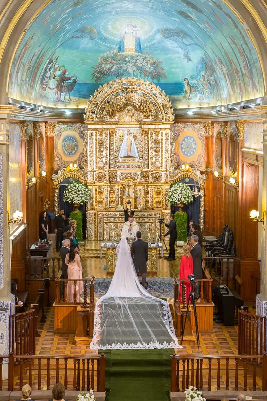 Casamento-Fernanda-e-André-cerimonia-na-igreja-fotografia-Cissa-Sannomiya-Paróquia-Nossa-Senhora-do-Brasil-e-Palácio-Tangará27