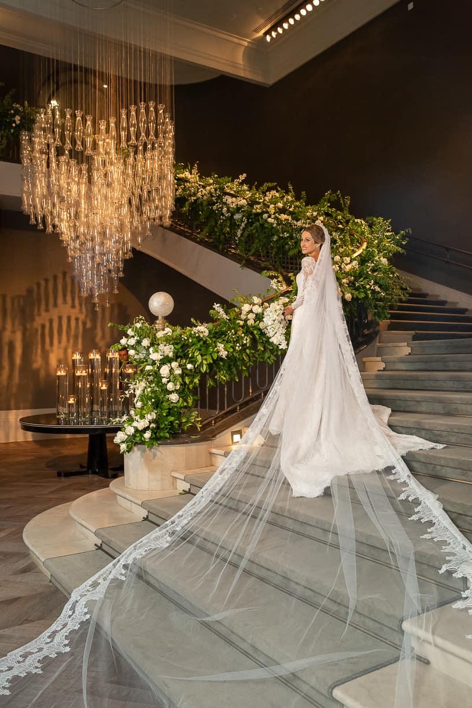 Casamento-Fernanda-e-André-foto-dos-noivos-fotografia-Cissa-Sannomiya-Paróquia-Nossa-Senhora-do-Brasil-e-Palácio-Tangará71