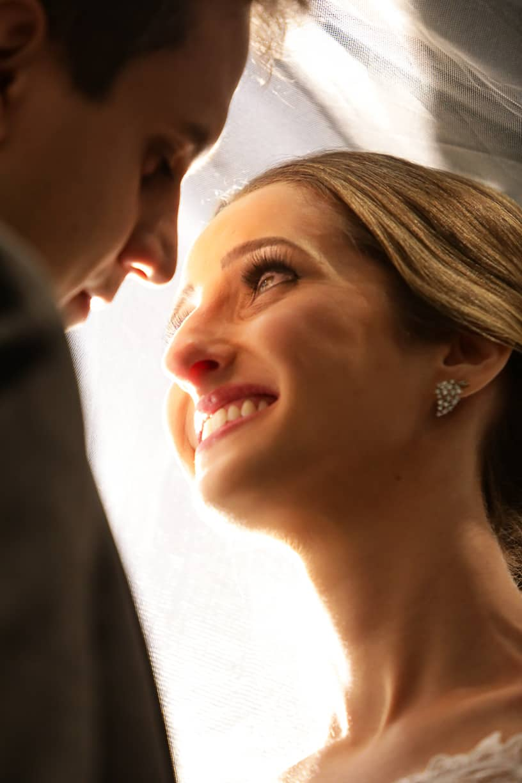 Casamento-Fernanda-e-André-foto-dos-noivos-fotografia-Cissa-Sannomiya-Paróquia-Nossa-Senhora-do-Brasil-e-Palácio-Tangará73