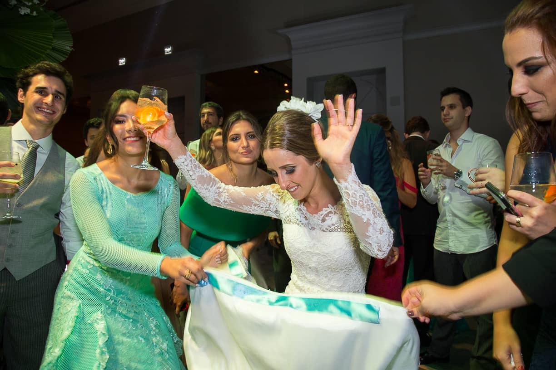 Casamento-Fernanda-e-André-fotografia-Cissa-Sannomiya-Paróquia-Nossa-Senhora-do-Brasil-e-Palácio-Tangará-pista113