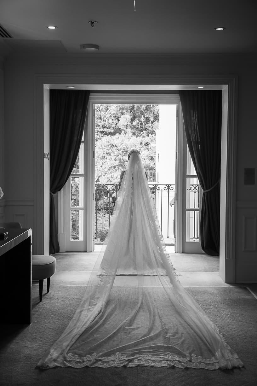 Casamento-Fernanda-e-André-fotografia-Cissa-Sannomiya-making-of-Paróquia-Nossa-Senhora-do-Brasil-e-Palácio-Tangará-vestido-de-noiva18