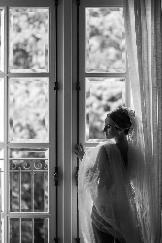 Casamento-Fernanda-e-André-fotografia-Cissa-Sannomiya-making-of-Paróquia-Nossa-Senhora-do-Brasil-e-Palácio-Tangará-vestido-de-noiva4-1