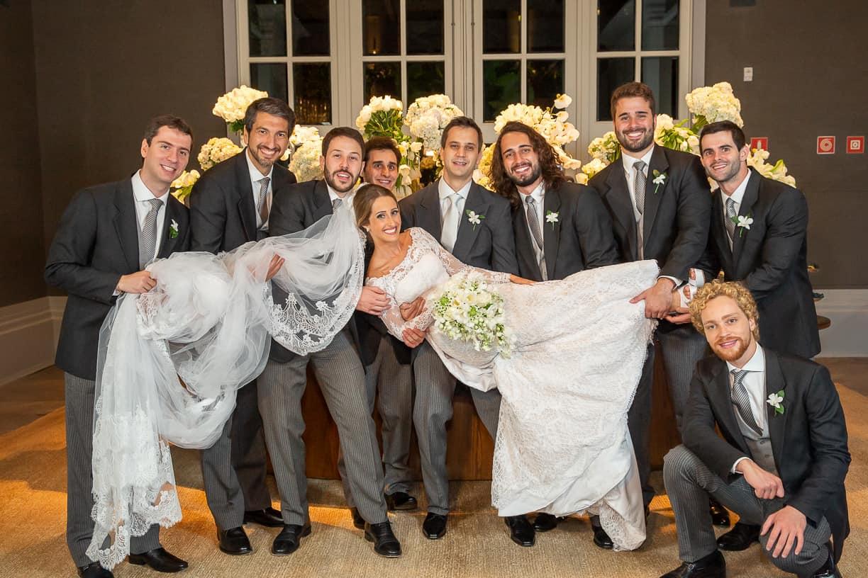 Casamento-Fernanda-e-André-fotografia-Cissa-Sannomiya-padrinhos-Paróquia-Nossa-Senhora-do-Brasil-e-Palácio-Tangará88