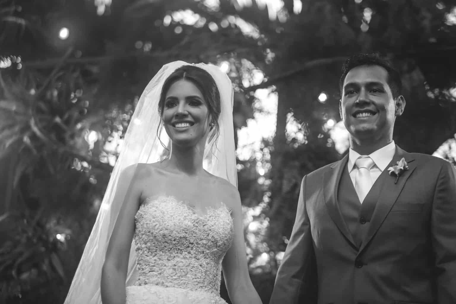 Casamento-Raquel-e-Hugo-cerimonia-ao-ar-livre-foto-dos-noivos-Ricardo-Nascimento-Usina-Dois-Irmaos40