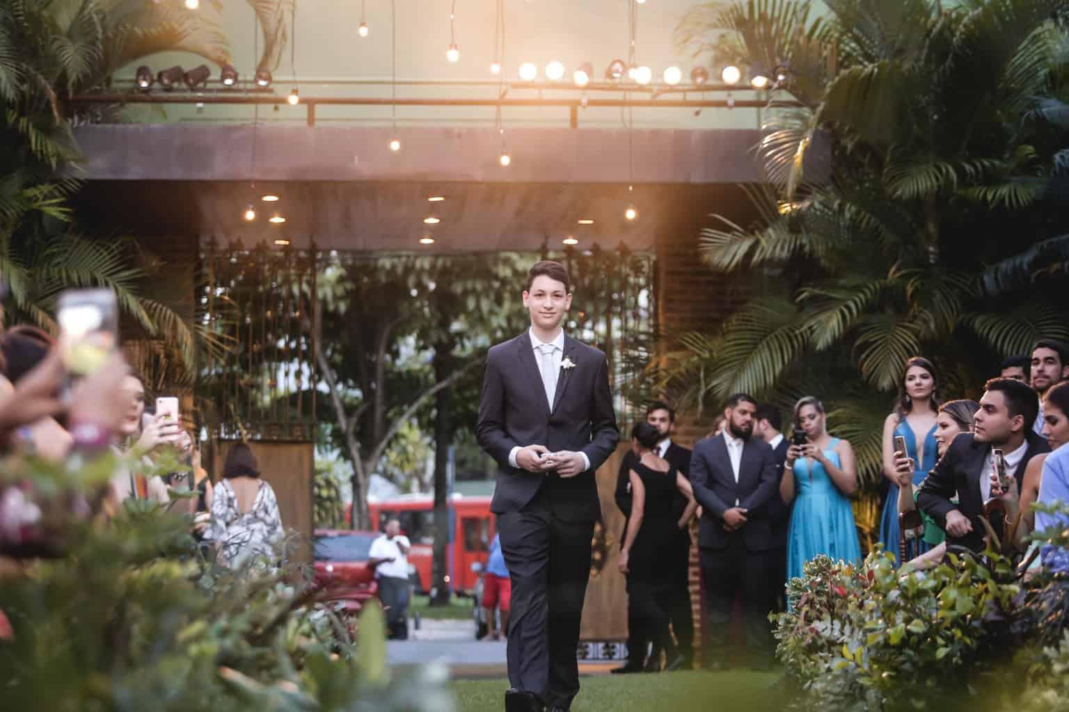 Casamento-Raquel-e-Hugo-cerimonia-ao-ar-livre-pajem-Ricardo-Nascimento-Usina-Dois-Irmaos38
