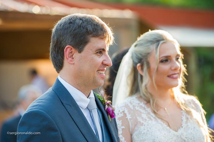 Casamento-Roberta-e-Angelo-cerimonia-no-jardim-Lago-Buriti-Sérgio-Ronaldo141