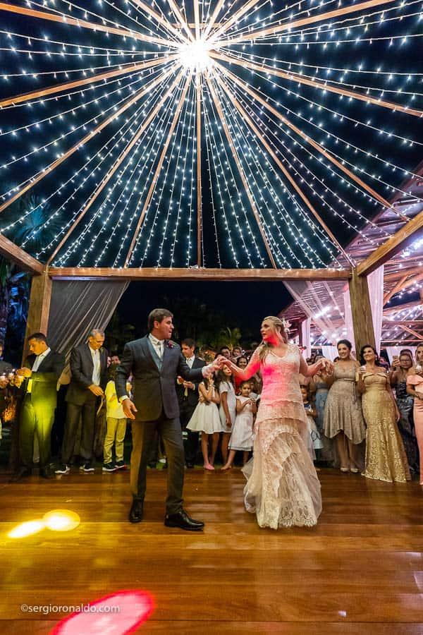 Casamento-Roberta-e-Angelo-danca-do-casal-Lago-Buriti-Sérgio-Ronaldo245