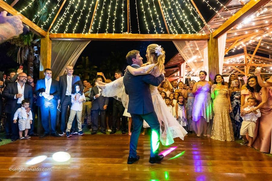 Casamento-Roberta-e-Angelo-danca-do-casal-Lago-Buriti-Sérgio-Ronaldo251