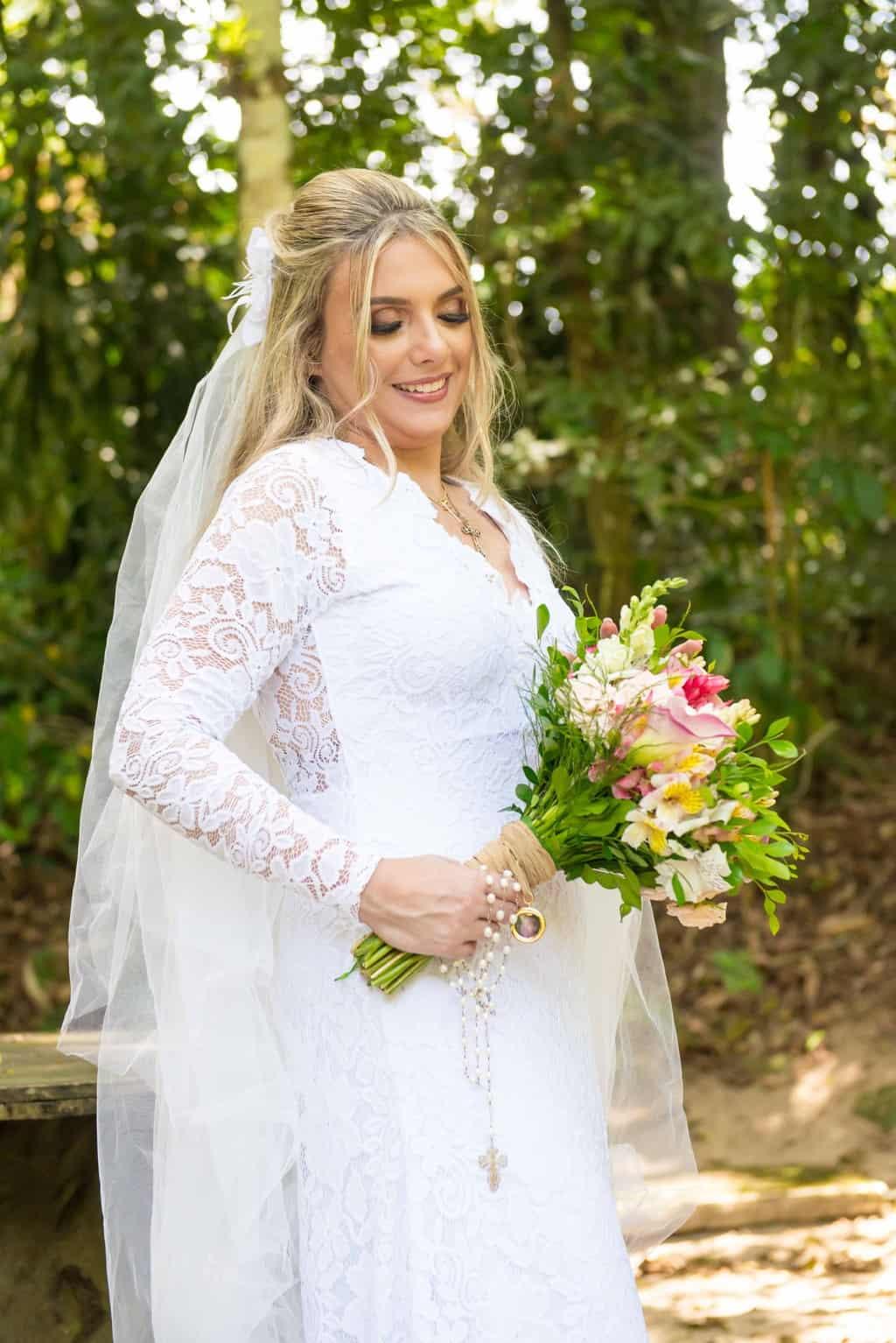 beleza-da-noiva-casamento-religioso-Casamento-Roberta-e-Angelo-Danielle-Loureiro64