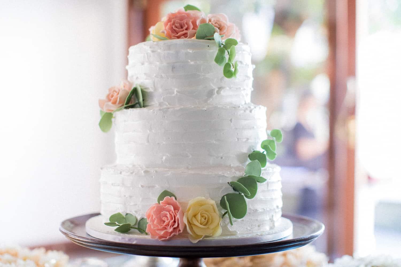 bolo-de-casamento-Casa-Capuri-casamento-Roberta-e-Rodrigo-Rodrigo-Sack21