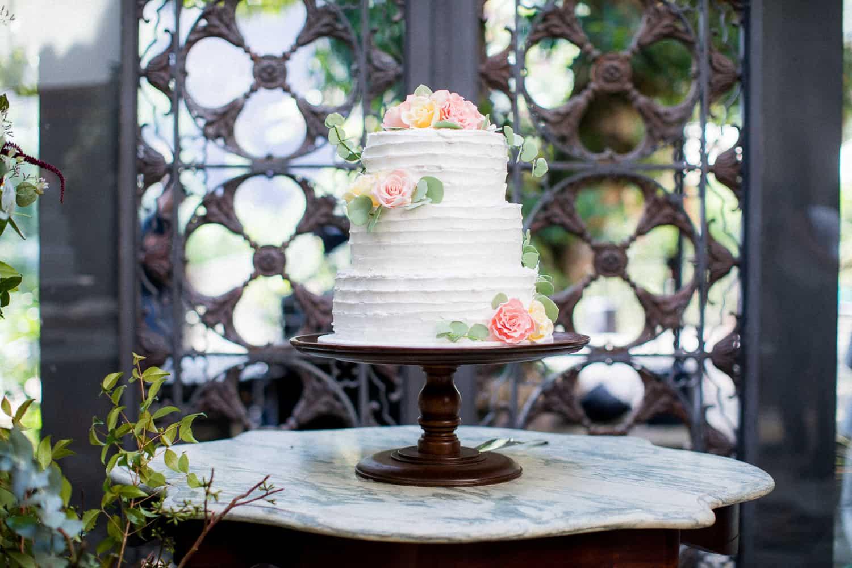 bolo-de-casamento-Casa-Capuri-casamento-Roberta-e-Rodrigo-Rodrigo-Sack93