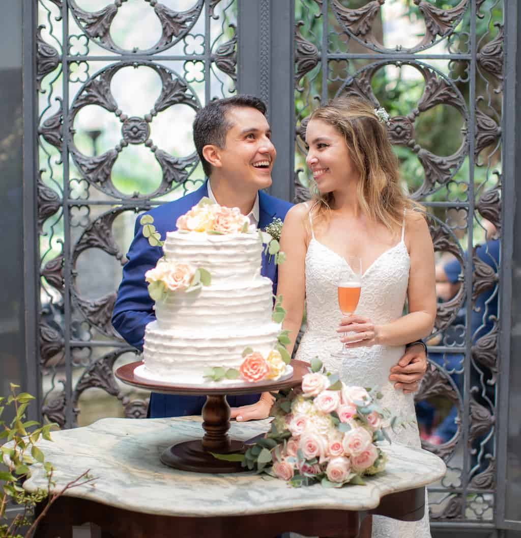 bolo-de-casamento-Casa-Capuri-casamento-Roberta-e-Rodrigo-fotos-dos-noivos-Rodrigo-Sack156