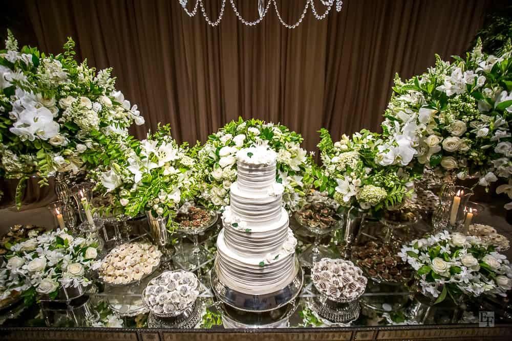 bolo-de-casamento-casamento-Bárbara-e-Rogério-Contemporâneo-8076-decoracao-da-festa-fotografia-Edu-Federice21