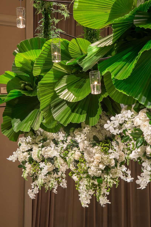 branco-e-verde-Casamento-Fernanda-e-André-decoracao-da-festa-fotografia-Cissa-Sannomiya-Paróquia-Nossa-Senhora-do-Brasil-e-Palácio-Tangará55