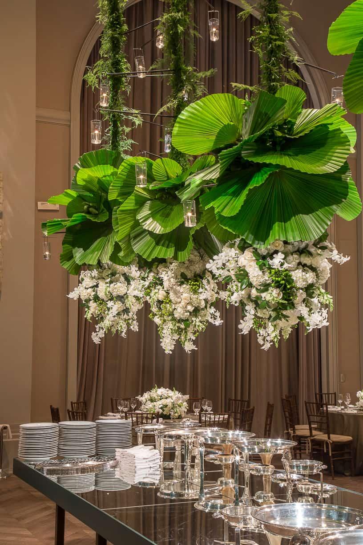 branco-e-verde-Casamento-Fernanda-e-André-decoracao-da-festa-fotografia-Cissa-Sannomiya-Paróquia-Nossa-Senhora-do-Brasil-e-Palácio-Tangará56
