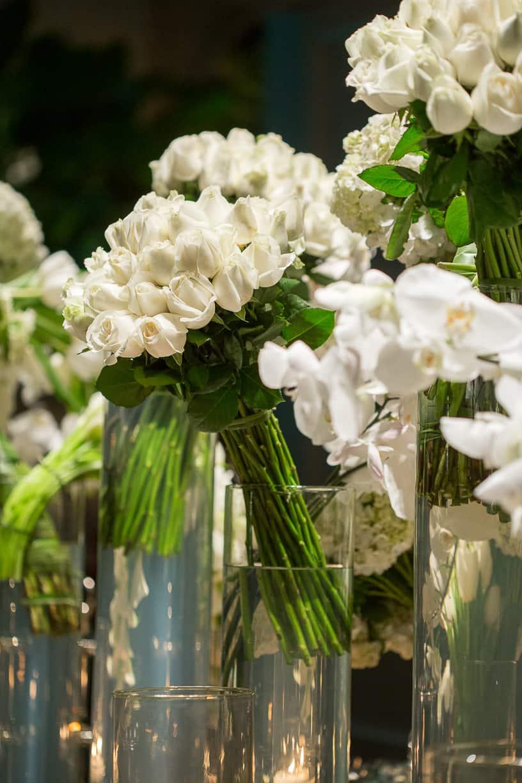 branco-e-verde-Casamento-Fernanda-e-André-decoracao-da-festa-fotografia-Cissa-Sannomiya-Paróquia-Nossa-Senhora-do-Brasil-e-Palácio-Tangará63