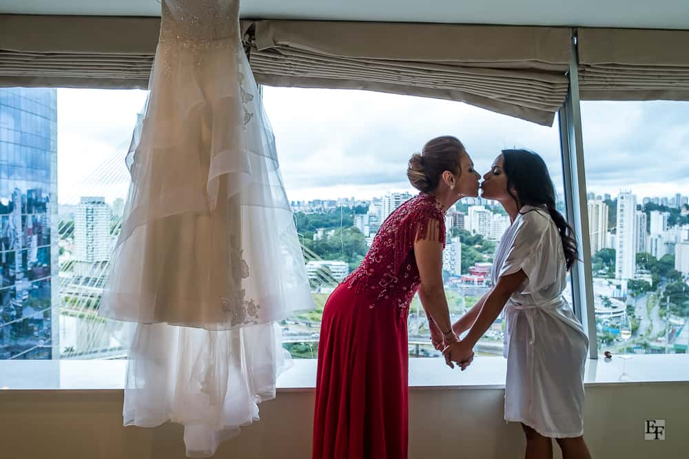 casamento-Bárbara-e-Rogério-fotografia-Edu-Federice-mae-da-noiva-making-of3