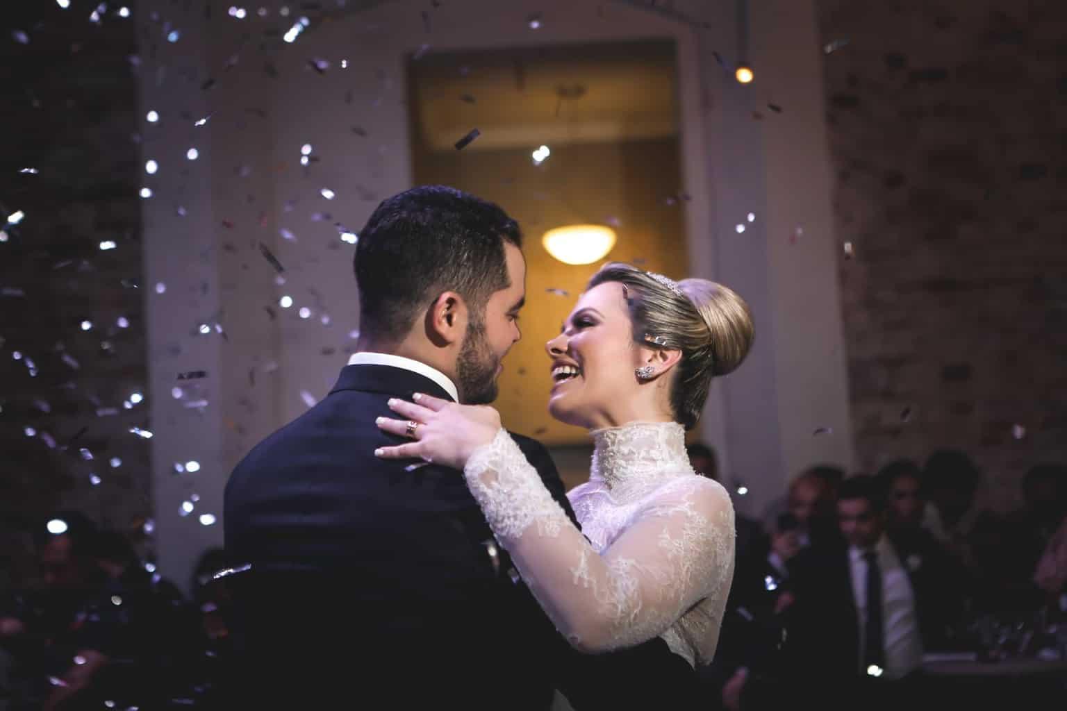 casamento-Juliana-e-Eduardo-danca-do-casal-foto-dos-noivos-Fotografia-Ricardo-Nascimento-e-Thereza-magno-Usina-dois-irmãos95