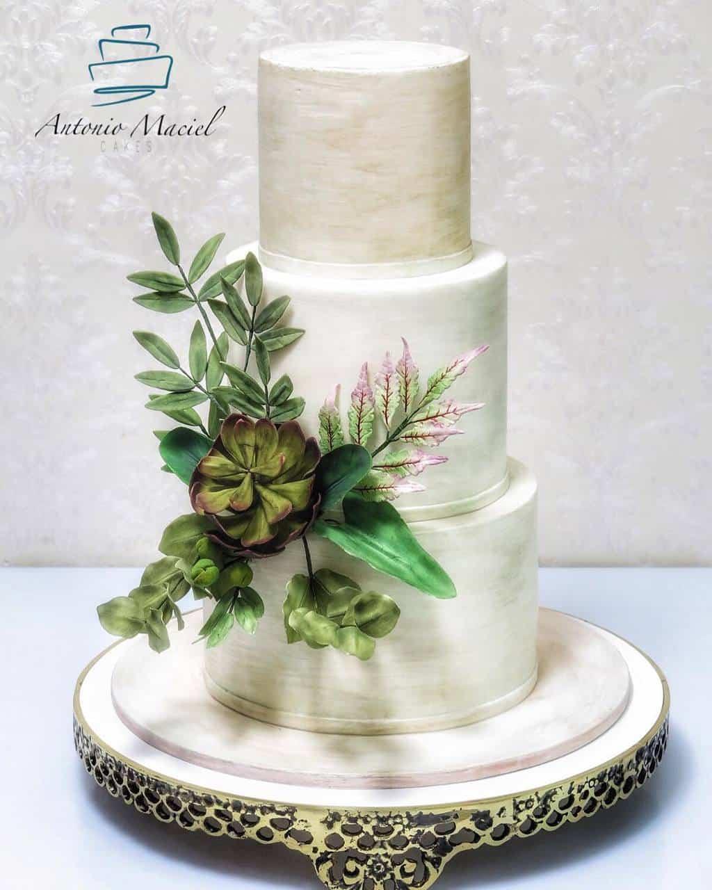Antonio-Maciel-Tower-Cake