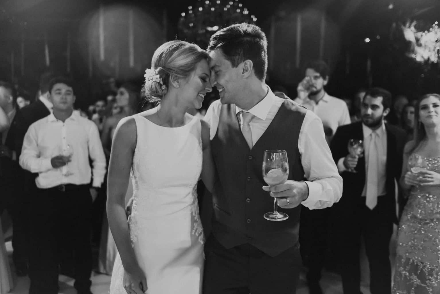 Braulio-Delai-casamento-Luciana-e-Eduardo-Cerimonial-Sandra-Colin-Fotografia-Mana-Gollo-fotos-dos-noivos-Igreja-Santa-Terezinha-e-Espaço-Klaine-pista27