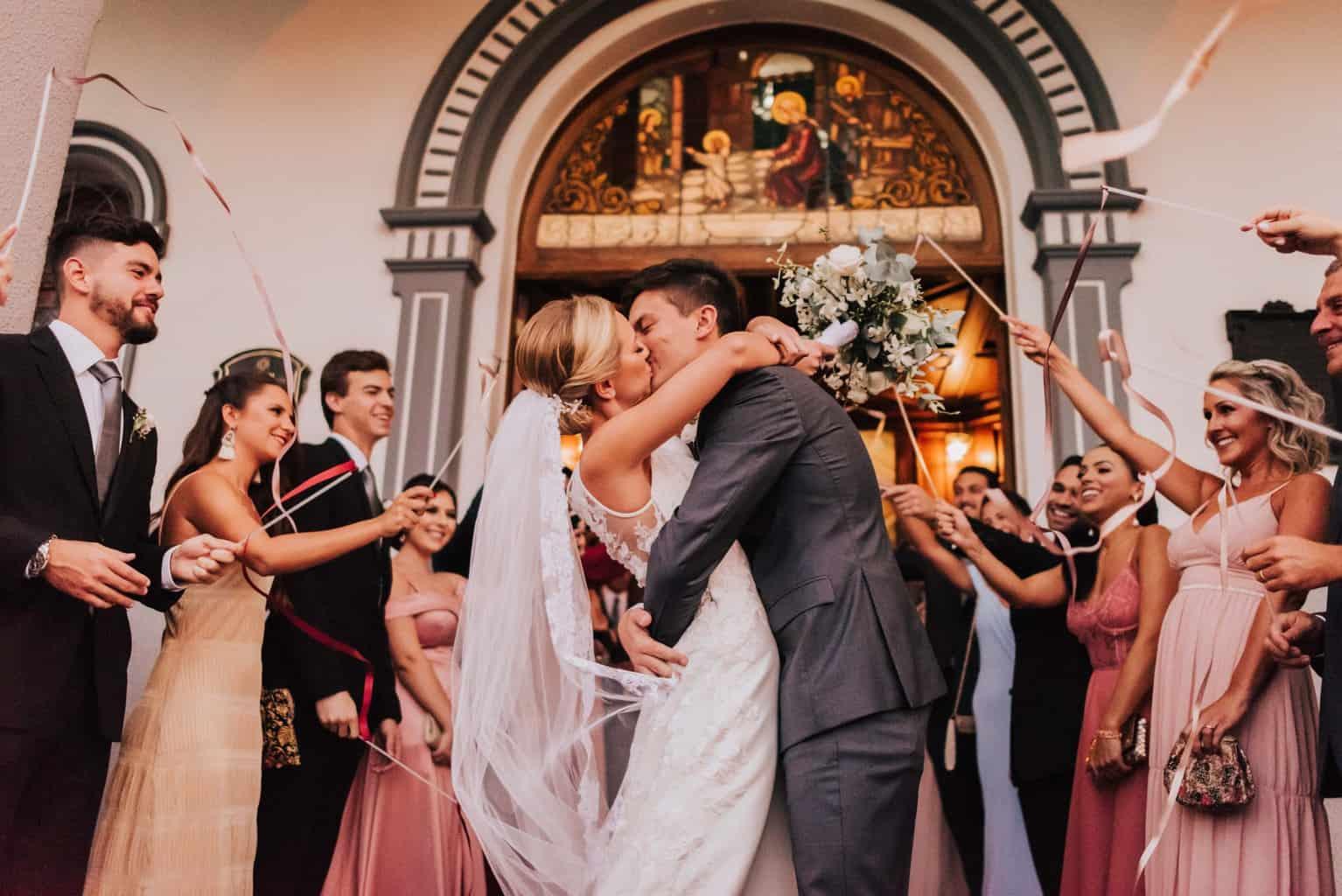 Braulio-Delai-casamento-Luciana-e-Eduardo-cerimonia-na-igreja-Cerimonial-Sandra-Colin-Fotografia-Mana-Gollo-fotos-dos-noivos-Igreja-Santa-Terezinha-e-Espaço-Klaine14