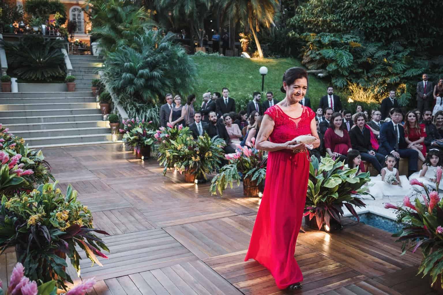 alianças-casamento-na-serra-cerimonia-ao-ar-livre-Fotografia-Renata-Xavier-Les-Amies-Cerimonial-Locanda-Della-Mimosa-Natalia-e-Bruno420