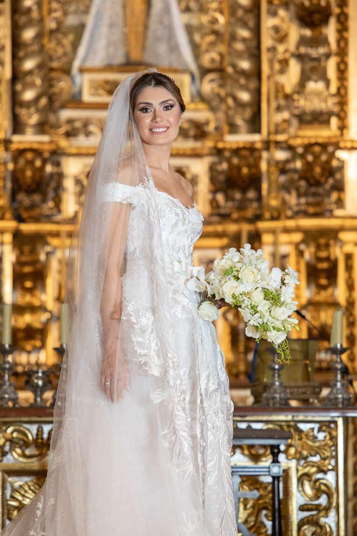 beleza-da-noiva-casamento-Natalia-e-Thiago-cerimonia-na-igreja-Fotografia-Cissa-sannomya-Igreja-Nossa-Senhora-do-Brasil-vestido-de-noiva129