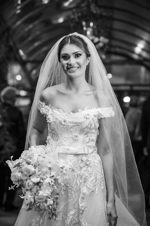 beleza-da-noiva-casamento-Natalia-e-Thiago-cerimonia-na-igreja-Fotografia-Cissa-sannomya-Igreja-Nossa-Senhora-do-Brasil-vestido-de-noiva130