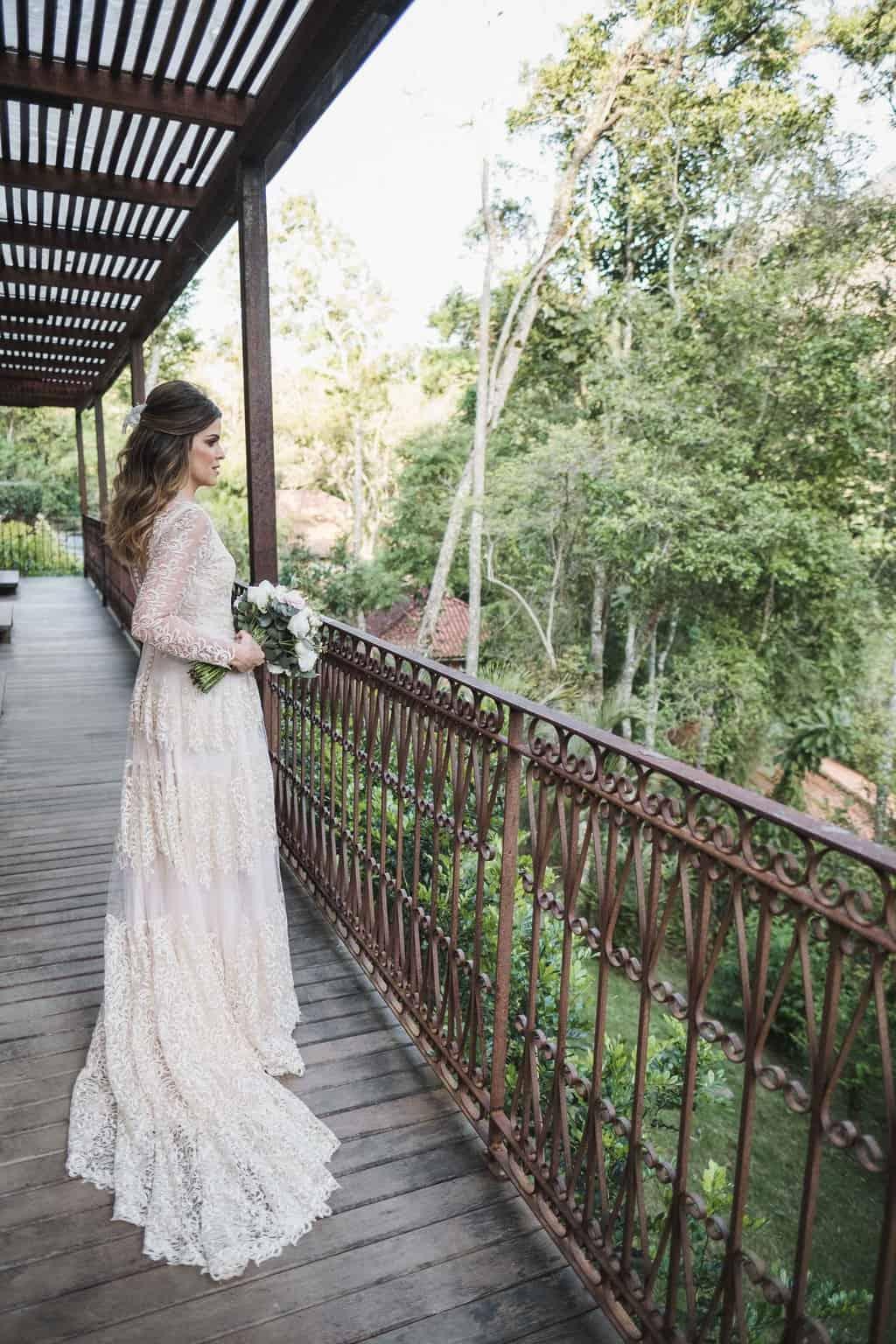 beleza-da-noiva-casamento-na-serra-Fotografia-Renata-Xavier-Les-Amies-Cerimonial-Locanda-Della-Mimosa-Natalia-e-Bruno-vestido-de-noiva288