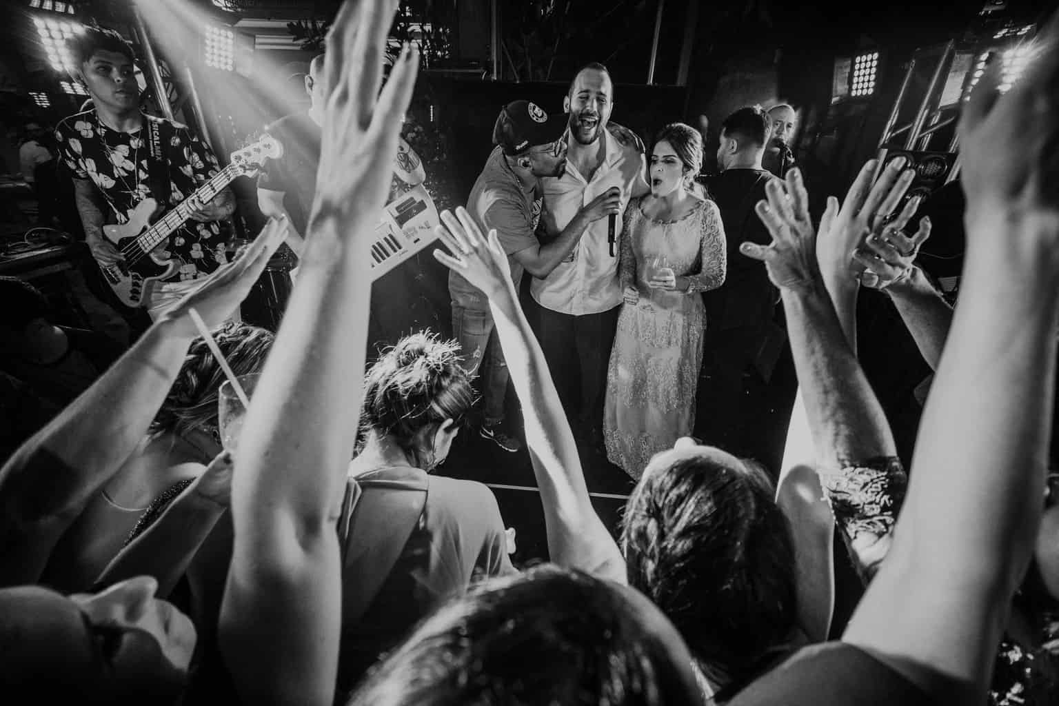 bochecha-casamento-na-serra-festa-de-casamento-Fotografia-Renata-Xavier-Les-Amies-Cerimonial-Locanda-Della-Mimosa-Natalia-e-Bruno653