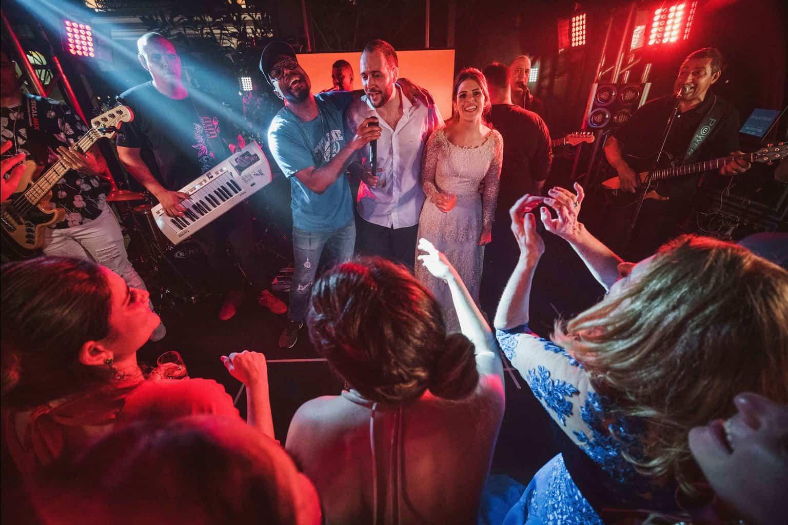 bochecha-casamento-na-serra-festa-de-casamento-Fotografia-Renata-Xavier-Les-Amies-Cerimonial-Locanda-Della-Mimosa-Natalia-e-Bruno655