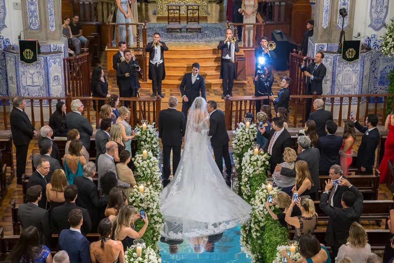 casamento-Natalia-e-Thiago-cerimonia-na-igreja-Fotografia-Cissa-sannomya-Igreja-Nossa-Senhora-do-Brasil70