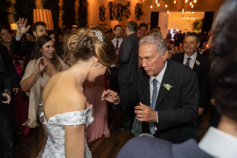 casamento-Natalia-e-Thiago-espaco-jardim-Europa-festa-de-casamento-Fotografia-Cissa-sannomya-noivos-na-pista-pista151